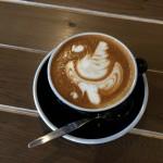 latte art swans